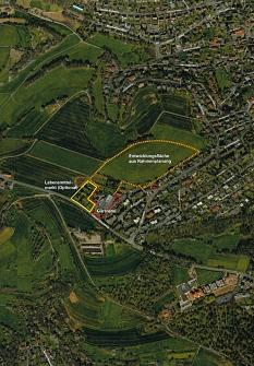 Rund fünf Hektar Fläche umfasst das Gebiet am Oberen Rotenberg (orangefarbene Markie-rung). Laut Standortanalyse könnten etwa 200 neue Wohneinheiten dort entstehen, etwa 60 davon als geförderter Wohnungsbau.©Universitätsstadt Marburg