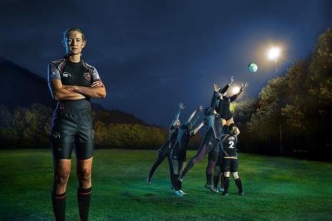 """Die Teams der Rugby Union Marburg zeigen Gesicht gegen Gewalt in Partnerschaften. Mit der Fotokampagne rufen die Stadt Marburg, """"Frauen helfen Frauen"""" und die JUKO die Stadtgesellschaft dazu auf, hinzuschauen, selbst Gesicht zu zeigen und Betroffenen zu h©Christian Griese, i. A. d Stadt Marburg"""