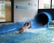 Lernt ihr noch…oder rutscht ihr schon: Wer bei den Marburger Rutschmeisterschaften im AquaMar dabei sein will, kann sich für diesen Spaß schon jetzt anmelden.