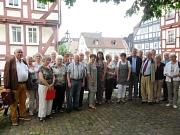 Joachim Wölk (l.) ist neuer Vorsitzender des Marburger Seniorenbeirats. Dr. Theresia Jacobi wurde zu seiner Stellvertreterin gewählt (Zwölfte von links).