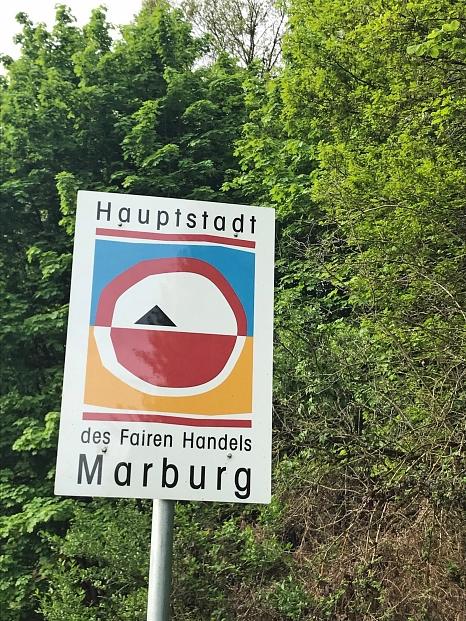 """Bereits seit vielen Jahren setzt sich die Universitätsstadt für fairen Handel und Nachhaltigkeit ein und ist daher """"Hauptstadt des Fairen Handels"""".©Simone Batz, Stadt Marburg"""