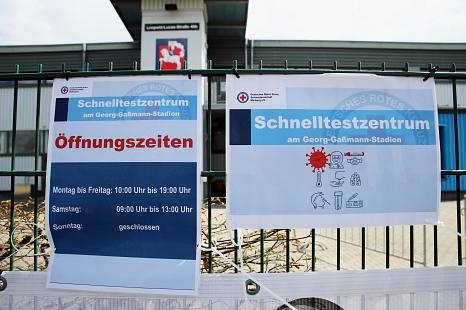 Das Schnelltest-Zentrum ist an sechs Tagen die Woche geöffnet. Falls der Bedarf wächst, können die Öffnungszeiten ausgeweitet werden.©Birgit Heimrich, Stadt Marburg