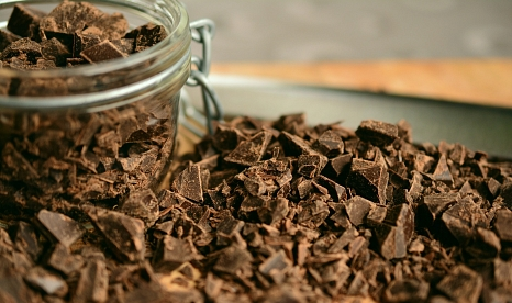 """Mit einem Informationsstand auf dem Marburger Marktplatz will die Steuerungsgruppe """"Fairer Handel"""" am 10. März (Samstag) in der Zeit von 11 bis 16 Uhr auf die vielfach ungerechten Bedingungen beim Anbau von Kakao aufmerksam machen.©Pixabay"""