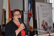 Stadträtin Kirsten Dinnebier begrüßte die Besucher*innen des Sehbehindertentages 2019 im Marburger Rathaus.