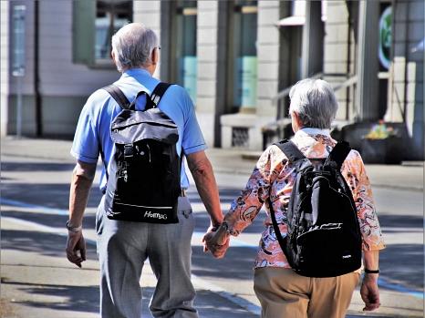 Der Marburger Seniorenbeirat setzt sich seit mehr als 20 Jahren für die Belange älterer Mitmenschen ein.©Pixabay