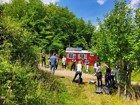 """Auf dem Lern- und Erlebnispfad """"SENSO-Trail"""" entdecken, erforschen und erkunden Jugendliche Natur und Umwelt.©Philipps-Universität Marburg"""