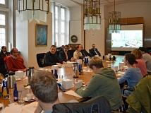 Über 20 Personen, darunter Zeitungen, Radio- und Fernsehsender aus nah und fern, waren zur Präsentation der Weltpremiere SiBike gekommen.