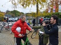 Oberbürgermeister Dr. Thomas Spies stand Zeitungen, Radio- und Fernsehsendern im Interview Rede und Antwort zur Grünen Welle für Fahrräder.
