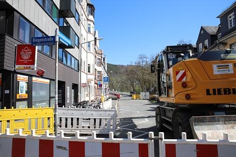 Die Bauarbeiten zur Neuverlegung der Fernwärmerohre in der Deutschhausstraße, Biegenstraße und der Uferstraße starten am 26. April.©Stefanie Ingwersen, Stadt Marburg