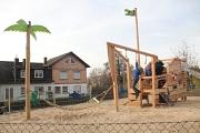 Der neue Spielplatz wurde sofort von Kindern und Eltern begeistert aufgenommen.