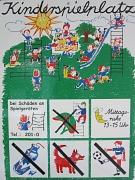 Farbiges Hinweisschild für Kinderspielplätze