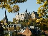 Stadtansicht mit Schloss und Pfarrkirche©MSLT