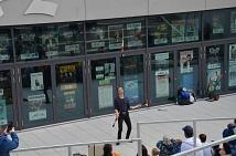 Vom Hip-Hop-Battle über das Jonglieren mit Feuer bis hin zu gestalterischen Angeboten zum Selbermachen: beim Tag der kulturellen Vielfalt wurde - wie hier vor dem Kulturzentrum KFZ Marburg - für alle Altersklassen etwas geboten.