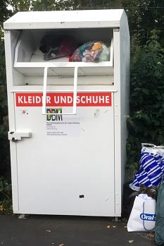 Textilcontainer des städtischen Dienstleistungsbetriebes (DBM)©Universitätsstadt Marburg Fachdienst Umwelt, Fairer Handel, Abfallwirtschaft