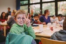 Die Schüler*innen der Mosaikschule hoffen auf eine Nominierung für die Endauswahl.©David Henkel