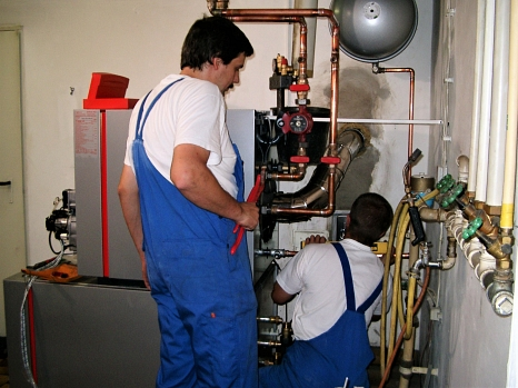 Laut Energieeinsparverordnung besteht die Pflicht zur Wartung von Heizungsanlagen.©Hessische Energiespar-Aktion