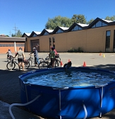 Wasserspaß für Kinder und Fahrradkurs für Frauen©Universitätsstadt Marburg