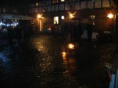 Weihnachtsmarkt auf Stöhrs Hoob bei Lagerfeuer©Bernd Weimer