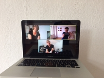Zoom-Meeting im Kurs Clown + Objekt bei Selina Senti (Montag)
