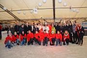 Über die Eröffnung der elften Eispalastsaison freuten sich Bürgermeister Dr. Franz Kahle und Stadträtin Dr. Kerstin Weinbach gemeinsam mit allen Beteiligten und Sponsoren.